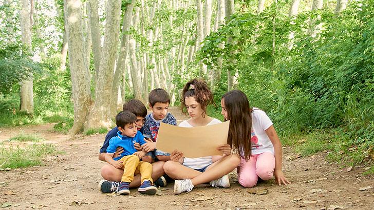 Green emotions - Nens amb PDF activitats sostenibles